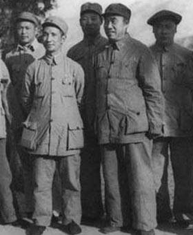 解放战争期间珍贵领导人合影