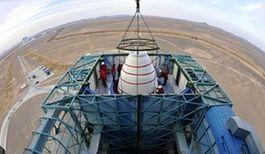 图为发射前夕,发射场进行星箭联合测试。梁杰 摄 梁杰 摄