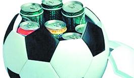 哈佛女生发明能发电足球 克林顿赞'非凡的产品'