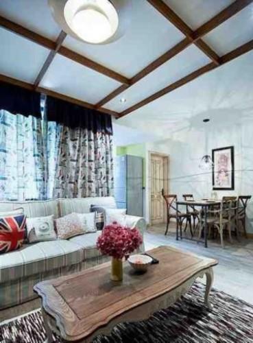 客厅吊顶设计师采用木条方格状,自我感觉比较有自然特色.高清图片