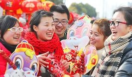 蛇年春節將至 中國各地紅紅火火迎新年