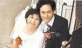 李安妻子曾对婚姻绝望 打电话向妈妈诉苦被劝离婚