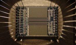 研究人员创造出具备自愈功能的计算机芯片