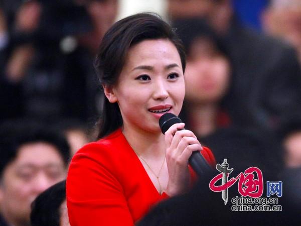 鍑哄寘鐜嬪コ绂忓埄n_李克强总理答中外记者问_新闻中心_腾讯网