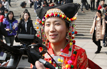 杨艳代表:美丽中国 再不用走泥泞路