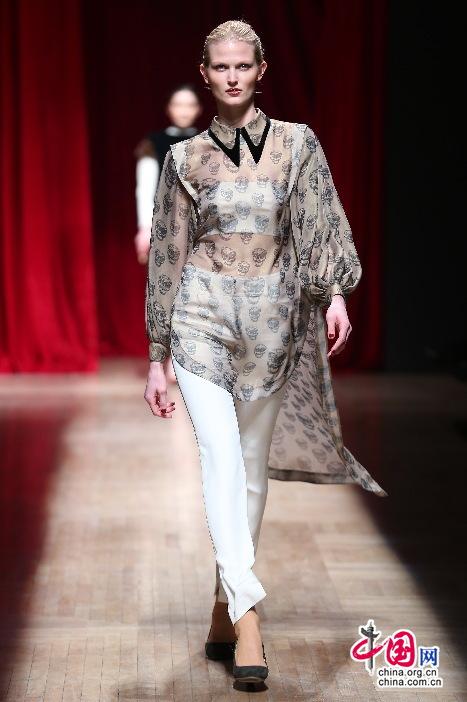 中国传统元素在现代服装设计中的运用