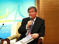 周文重:亚洲国家必须共同发展才能达到共赢[组图]