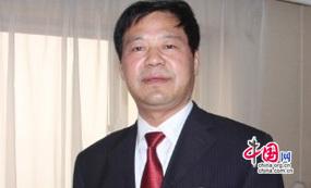荣兰祥 山东蓝翔高级技工学校校长