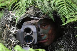 直击中国狙击手丛林作战苦练技能