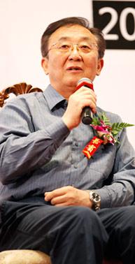 教育部艺术教育委员会秘书长谷公胜