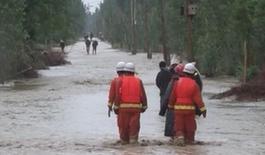 新疆莎車縣暴雨引發山洪致2人死亡3129人受災