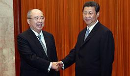 组图:习近平会见中国国民党荣誉主席吴伯雄