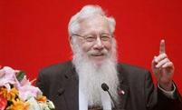 Robert J.Aumann