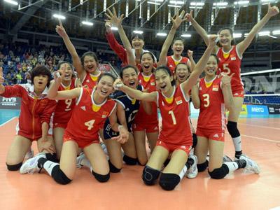 女排世青赛中国3-0日本 18年后再夺冠