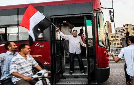 埃及总统要求军方撤销48小时的最后期限