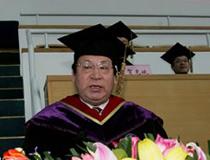 清华大学校长顾秉林:青年人要献身人民 投身社会