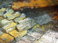 美公司二战失事货轮上捞得48吨银[组图]