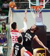 中國男籃逆轉獲勝