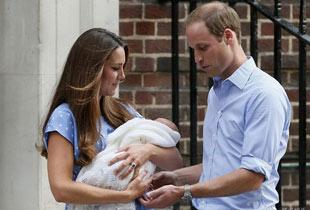 英國王室宣佈新生兒名字:喬治王子(組圖)