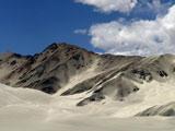 帕米尔高原的白沙山[组图]