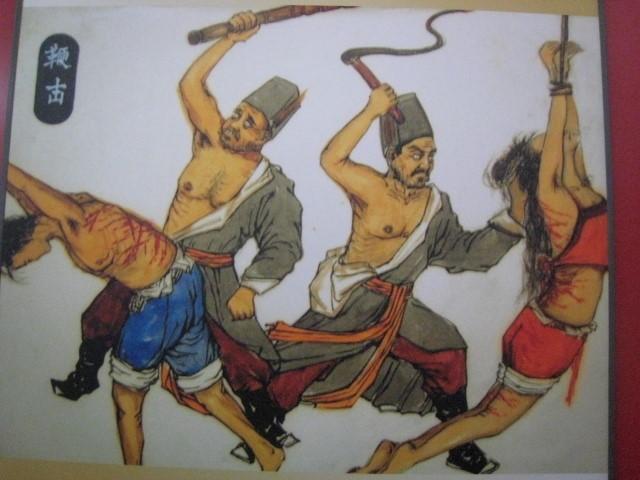 古代/清代裸杖女子还有更狠毒的例子。