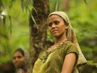 印度古吉拉特邦丛林部落的劳动女工[看世界]