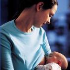 """""""第一口奶""""预防过敏 剖腹产宝宝更应吃母乳"""