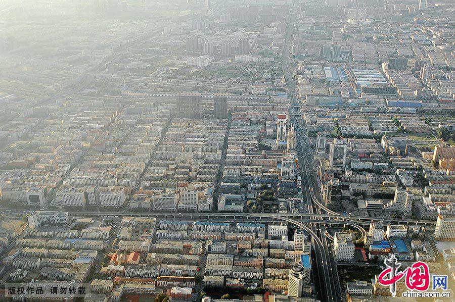 呼和浩特市夜景图片_草原青城呼和浩特航拍[组图]_图片中国_中国网