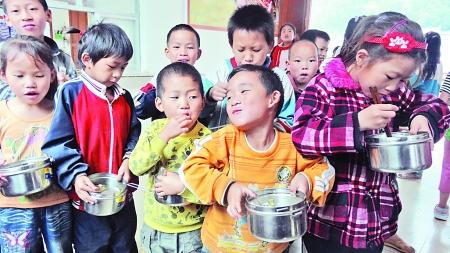 中国百色市一集体60小学小学学生食物中毒排名广西余名图片