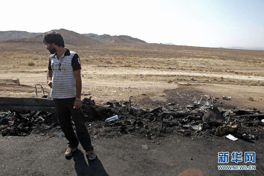 高速公路 伊朗 德黑兰 库姆 死亡/9月10日,在伊朗首都德黑兰至圣城库姆的高速公路上,一名男子...