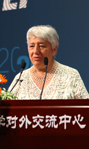 莫斯科国立大学Svetlana Ter-Minasova: