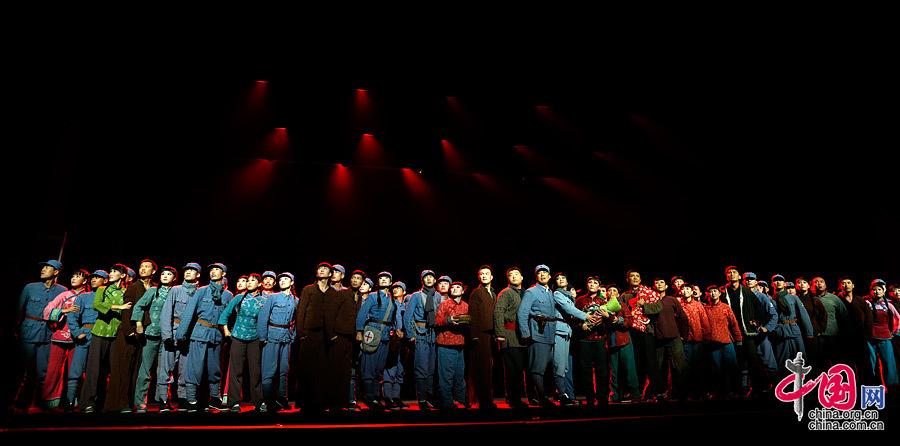 近千观众观看《太行奶娘》北京首演 当地演员感人落泪[组图]