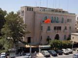 叙反对派一炮弹落入中国驻叙使馆院内 1人受伤[组图]