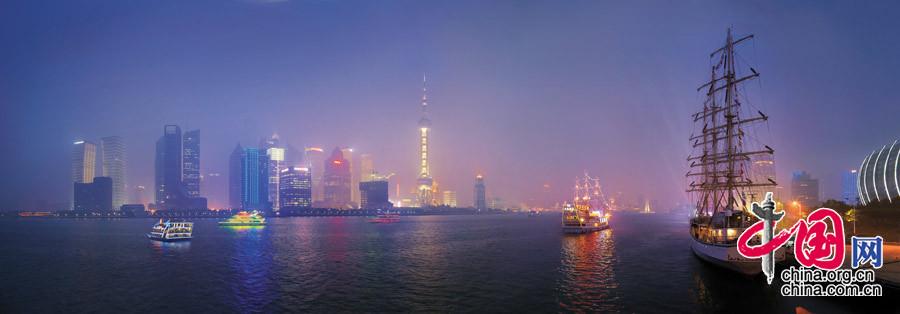 【古帆醉浦江】摄于上海黄浦江畔