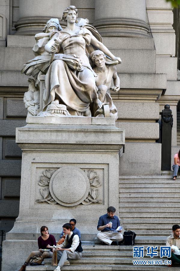 美国纽约自由女神像_美国自由女神像被迫关闭众多知名旅游景点停摆[组图]_图片中国