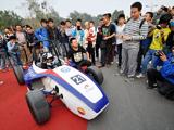 大学生自制方程式赛车 速度140km/h
