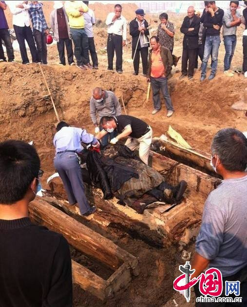 河南项城古墓发掘现场。 图片来源:中国网图片库