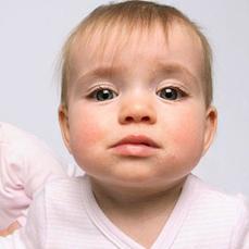 组图:萌翻了的双胞胎宝宝 让你开心一整天