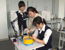北京市商业学校:珠宝玉石加工与营销专业
