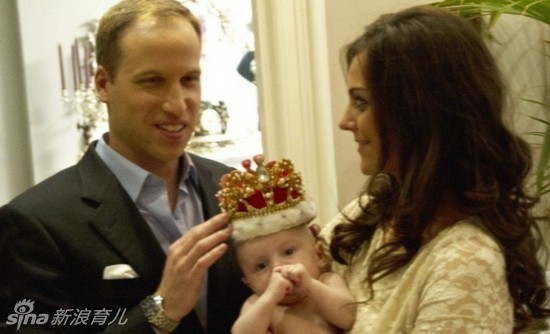 """威廉王子,凯特王妃和宝宝一家三口全裸共浴的""""生活照"""