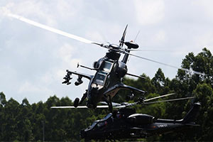 中国军方再曝海陆空三军精锐战力出动猛图