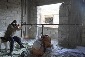 叙利亚反对派造出两米长的恐怖大狙