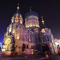 哈尔滨中央大街 历史的橱窗[组图]