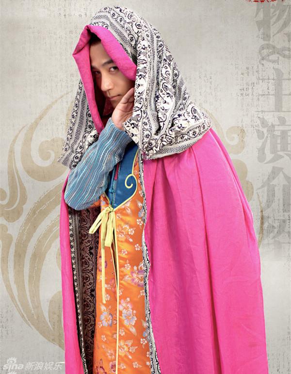 """刘恺威/新浪娱乐讯""""变性""""是明星吸引大众眼球常用的一大法宝,男变女..."""