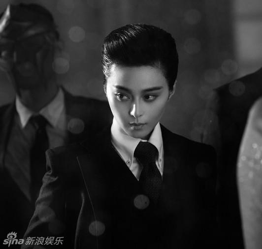 """范冰冰/新浪娱乐讯""""变性""""是明星吸引大众眼球常用的一大法宝,男变女..."""
