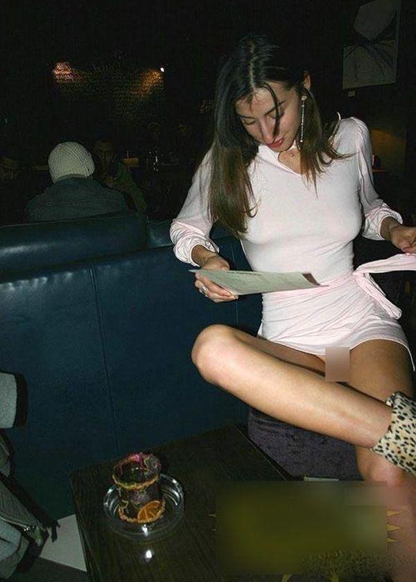 不穿内裤的美女与明星 竖