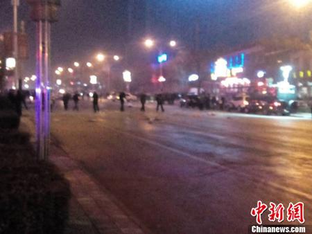 爆炸地点距离蒲城县汽车站不远.