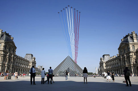 法國舉行國慶閱兵式