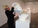 艺术家打造神奇动态纸雕塑大受热捧
