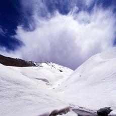 七一冰川—離城市最近的冰川[組圖]